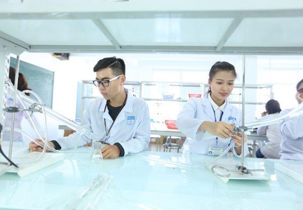 kỹ thuật xét nghiệm y học học mấy năm